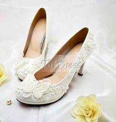 Wonderful White Lace Bowknot Wedding Shoes