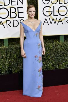 Jessica Chastain in Prada at 2017 Golden Globe Awards in Beverly Hills Check more at http://fashnberry.com/2017/01/jessica-chastain-in-prada-at-2017-golden-globe-awards-in-beverly-hills/