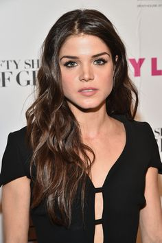 Marie Avgeropoulos Photostream