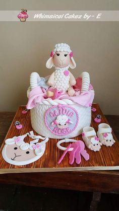 Little lamb babyshower cake