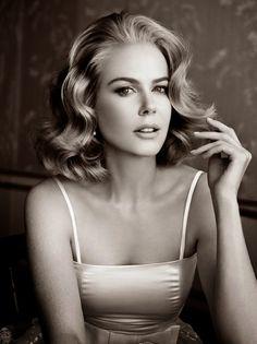 Very old Hollywood. She looks like Grace Kelly. She's so beautiful. A classic beauty.