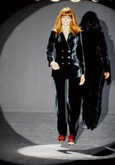 Gucci Fall 1995 Ready-to-Wear Fashion Show - Meghan Douglas