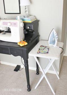 plus de 1000 id es propos de c t atelier de couture sur pinterest bureaux tables de. Black Bedroom Furniture Sets. Home Design Ideas