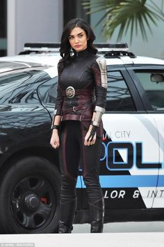 Melissa Benoist & Amy Jackson Back Filming Supergirl Melissa Supergirl, Supergirl Tv, Superhero Suits, Superhero Design, Super Hero Outfits, Super Hero Costumes, Saturn Girl, Superhero Pictures, Melissa Marie Benoist