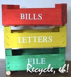 Looking for creative craft recycling ideas? We use the recycling bin as our source for ideas, projects, workshops and business ideas. Home Crafts, Fun Crafts, Diy Home Decor, Crate Crafts, Household Organization, Organizing, Office Organization, Reuse Recycle, Crates