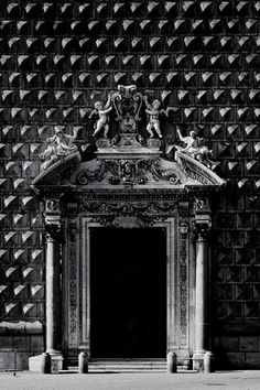 Napoli, piazza del Gesù  #GISSLER #interiordesign