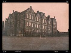 Northbury junior school, in Barking, Essex  The first school i attended