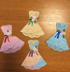 """100 uniform items that can be transformed! """"Race Paper"""" Arrangement Summary page)-macaroni Paper Doily Crafts, Doilies Crafts, Paper Crafts Origami, Paper Doilies, Flower Crafts, Crafts To Make, Crafts For Kids, Diy Crafts, Diy Projects Pvc Pipes"""