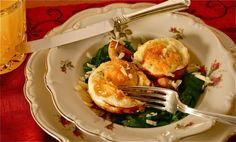 Ham, Spinach and Cheddar Egg Cups Recipe from The Mountain Rose Inn's Blog site. All you need is slices of ham, cheddar cheese, fresh spinach, eggs, and Greek seasoning. How could you resist!