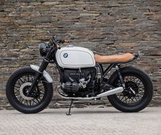 1,361 vind-ik-leuks, 6 reacties - CafeRacers Culture (@caferacersculture) op Instagram: 'By @banditgarageportugal - Sometimes we like to keep it simple! #BMW R80 by Bandit Garage .…'
