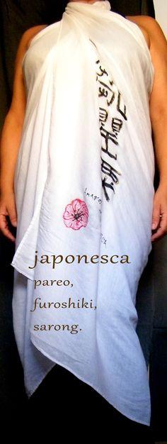 Una manera de vestir el furoshiki a modo de sarong o pareo