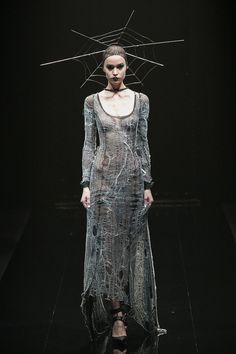 [No.29/55] alice auaa 2013~14秋冬コレクション | Fashionsnap.com