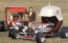 Red Baron And The Pie Wagon Roth Cars, George Barris Show Cars - - jpeg Weird Cars, Cool Cars, Classic Hot Rod, Classic Cars, Hot Rod Autos, Hot Rods, Dream Cars, Art Steampunk, T Bucket