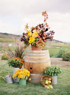 rustic fall floral inspiration.