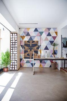 Bien Fait Paris Wallpaper showroom, Village Saint-Paul, Paris - Cécile Figuette -a+a-cooren-minakani-lab