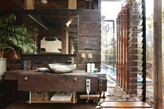 Grand-Designs-Australia_Bushfire-House One of the greatest contemporary designs ever.