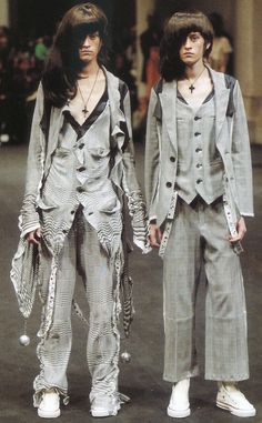 WildGoddess  via shoulderblades:  languid, undercover spring/summer 2004 sample: 100 fashion designers - 010 curators
