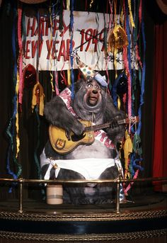 Big Al as Baby New Year in the Country Bear Christmas show Disney World Florida, Disney Parks, Walt Disney, Disney Love, Disney Magic, Disney Stuff, Disney Very Merry Christmas, Creepy Disney, Baby New Year