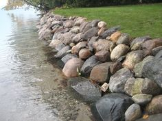 Lake Landscaping, Landscaping Retaining Walls, Landscaping With Rocks, Landscaping Ideas, House Landscape, Landscape Design, Building A Pond, Natural Pond, Backyard Water Feature