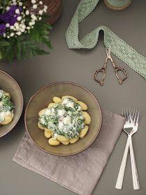 Sarah's Greenfield: 15-Minuten-Rezept: Gnocchi mit Spinat-Schafskäse-Sauce (2 Personen)