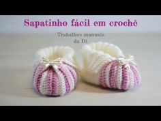 There are many booties for baby, but it is easiest and an amazing booties with bow to make. You can make them with the your preferred crochet technique. Crochet Baby Sandals, Knit Baby Booties, Booties Crochet, Crochet Kids Hats, Crochet Baby Clothes, Easy Crochet, Baby Booties Free Pattern, Baby Shoes Pattern, Crochet Videos