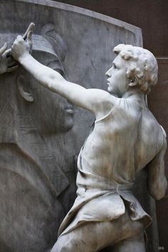 Death and the Sculptor (detail) - 1926 - Daniel Chester French - Metropolitan Museum of Art, New York - Stone Sculpture, Modern Sculpture, Sculpture Art, Steinmetz, Cemetery Art, Art Plastique, Metropolitan Museum, Statues, Sculpting