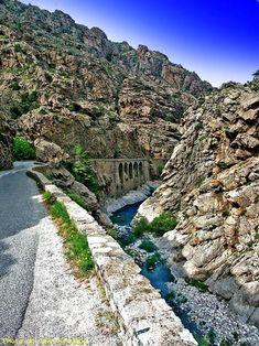 Gorges du golo - Ponte leccia - Haute Corse scala di a santa regina