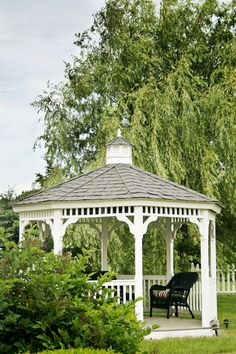 Beautiful gazebo, I had one like this in my backyard.  Absolutely LOVE gazeboes.