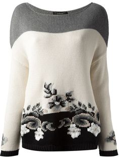 White, grey and black cotton floral intarsia knit sweater from Twin-Set Simona Barbieri featuring a boat neck, long sleeves and a straight hem. Intarsia Knitting, Knitting Yarn, Hand Knitting, Knit Fashion, Mode Inspiration, Knitting Designs, Pulls, Knitwear, Knit Crochet