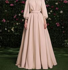 This simple, but elegant gown by Yulia Prokhorova is beyond inspiring! Are you going to be designing anything similar? Try our premium silk… Modest Fashion Hijab, Abaya Fashion, Muslim Fashion, Fashion Dresses, Hijab Evening Dress, Hijab Dress Party, Evening Dresses, Simple Outfits, Simple Dresses