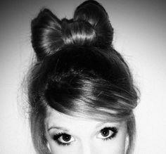 High hair bow