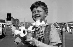 Тающее мороженое самое вкусное. Великобритания. 70-е.