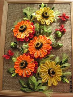 Paper Flowers Craft, Flower Crafts, Diy Flowers, Fabric Flowers, Paper Quilling Cards, Paper Quilling Designs, Quilling Art, Ribbon Art, Ribbon Crafts