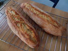 Between Pignatte and Sgommarelli: My recipes - Homemade bread My Recipes, Bread Recipes, My Favorite Food, Favorite Recipes, Easy Bread, Zucchini Bread, Ciabatta, Food Humor, Daily Meals