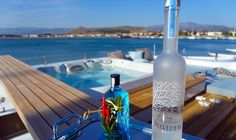 "Cape4 Charters ""m/y Ouranos""  Enjoy your cocktail on m/y Ouranos sundeck!  #yacht #charter #Greece #jacuzzi"