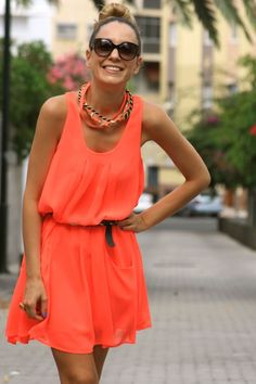 Match your coral necklace with your coral dress, for a simple yet chic look!