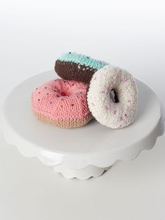 Yarnspirations.com+-+Lily+Donuts!+-+Patterns++ +Yarnspirations