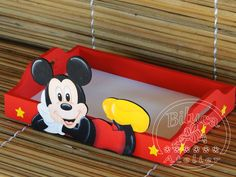 Mickey E Minnie Mouse, Mickey Party, Mickey Decorations, Emoji Coloring Pages, Wood Burning Kits, Minnie Birthday, Mini Mouse, Baby Party, Dream Catcher