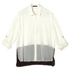 Camisa de estilo masculino en gasa y tela de Mango.