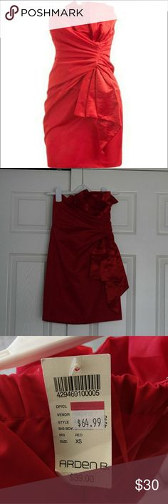 Arden B bow satin cherry red mini sheath dress XS Reposhing because my tiny boobs on a giant rib cage make this impossible to wear. Gorgeous cherry red color, NWT. Please don't ask for model pics. Arden B Dresses Mini