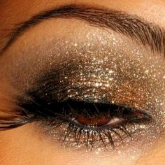 GORGEOUS! My kind of eye make up.