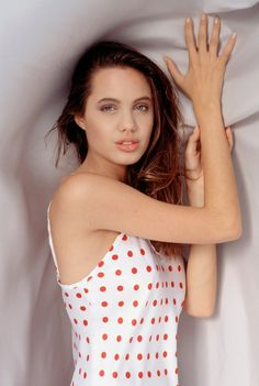 Angelina Jolie | Life on Photo
