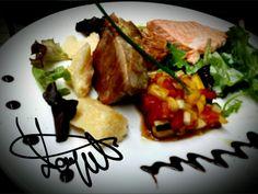 Salmon and tuna with tropical salad. ..