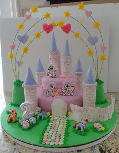 MY LITTLE PONY MAGICAL CASTLE CAKE
