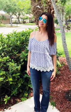 """Skies are Blue"" cold shoulder top & Mavi jeans  May 2016 Stitch Fix Review - Working Mom Magic"