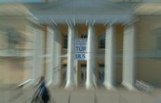 Wir freuen uns, die Ausrichter mit Konzeption, Gestaltung, Produktion sowie Finanzierung des Programm- und Einladungsfolders , sowie der Aussenwerbung (Banner) zum Tag der Offenen Tür bedienen zu dürfen. Und wer weiss, vielleicht sehen wir uns ja da … http://www.juergenwolf.com/tag-der-offenen-tuer-im-haus-der-geschichte/
