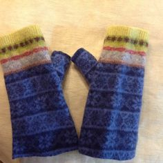 thick wool Felted Fingerless Gloves blue by mcleodhandcraftgifts