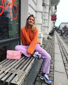 """""""for all of you who want to incorporate more colors in their outfits, i bring you: color theory thread"""" Looks Street Style, Looks Style, My Style, Colorful Outfits, Colorful Fashion, K Fashion, Fashion Outfits, Womens Fashion, Fashion Trends"""