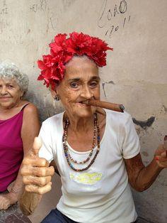 La Habana Vieja lady