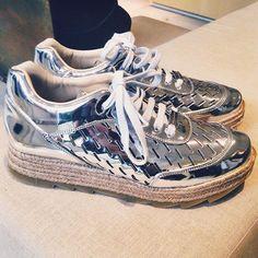 Stella McCartney silver specchio sneaker - Tênis prata Stella McCartney #paixãodavida